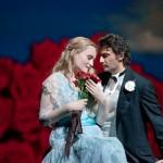 Faust z Met: To je přece taková veselá operetní hudba, tak proč tam visí ty bomby?
