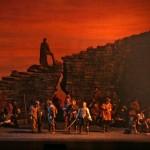 Verdiho Ernani z Met aneb Co ještě je a co už není únosné?