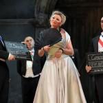 Glosa: Bavorské Řezno a Veselá vdova