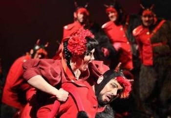 Nestor české opery Václav Věžník se do Olomouce vrací už šedesát let. Teď s Čertem a Káčou.
