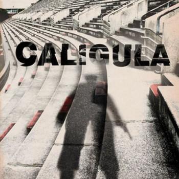 Když do opery vtrhne Caligula