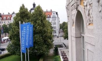 Tři debuty v mnichovském baletu: Lukáš Slavický, Matěj Urban a taky Fips