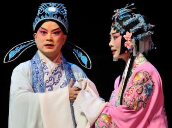 Pekingská opera ohromila i Prahu, v Národním bylo nabito