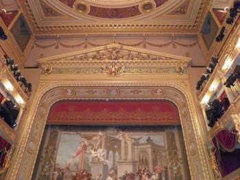 Národní divadlo v rozkladu, viník (ne)známý
