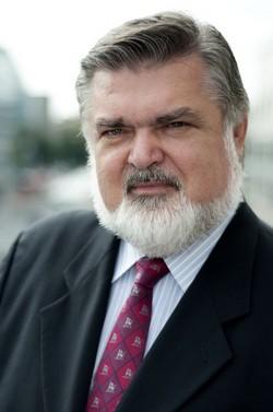Peter Dvorský si z Vídně přivezl vyznamenání a čtvrt miliónu k tomu