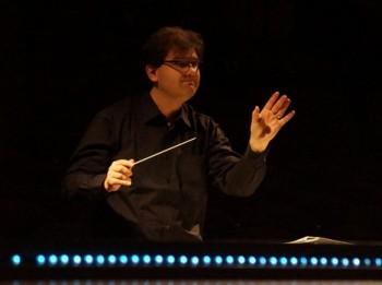 Světová premiéra v Basileji: Scartazziniho Písečný muž, v hudebním nastudování našeho Tomáše Hanuse