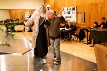 Met: Takhle vypadá nový Maškarní ples, podívejte se