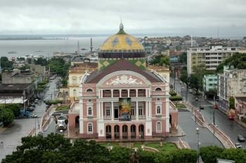 Divadla zblízka: Teatro Amazonas, skvost uprostřed  pralesů