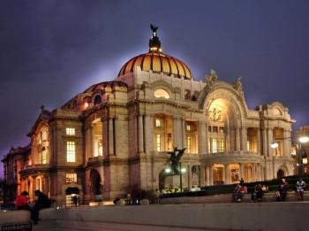Divadla zblízka: Palacio de Bellas Artes Mexico City