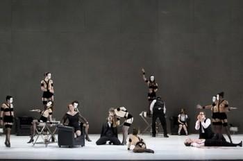 Traviata (anebo opera) tak i onak