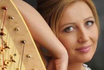 S Janou Bouškovou nejen o kombinaci harfy a sborového zpěvu