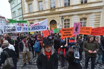Demonstrace před Ministerstvem kultury