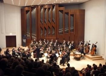 Pardubické hudební jaro pro letošek uzavře italská houslová hvězda