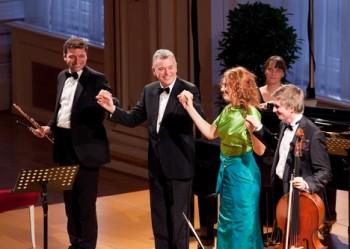 Překvapené Kožené zazpíval k narozeninám plný Španělský sál