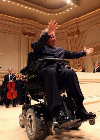 Levine se vrátil před orchestr