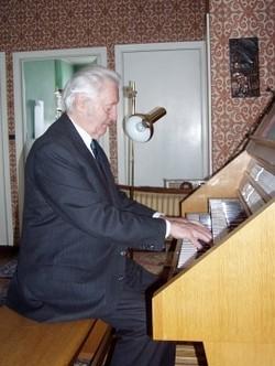 Dirigent, skladatel a varhaník Ján Valach: O Krútňavách života