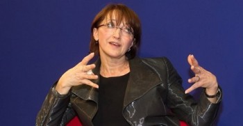 Alena Hanáková vede