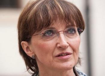 Ministryně Hanáková se rozhodla rezignovat