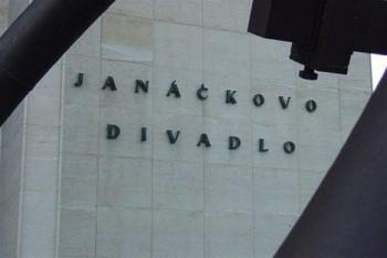 Budoucnost ND v Brně je stále nejistá. Černý nakonec ředitelem být nechce, divadlo opouští i Feranec