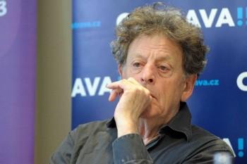 Glass chystá novou operu podle Kafkova Procesu, prozradil v Ostravě