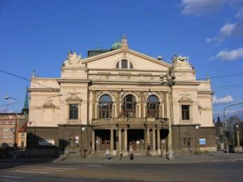 Šatny orchestru plzeňského divadla nesplňují hygienické podmínky