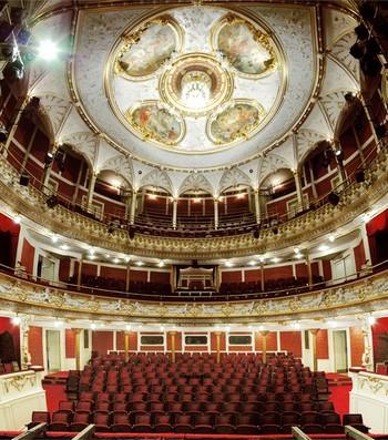 Liberecké divadlo slaví 130 let. Je v havarijním stavu