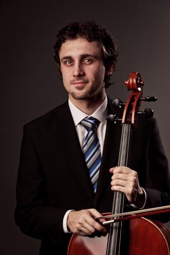 Jan Zemen a jeho cello, které umí i šeptat a mluvit měkce