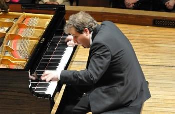 Ve světě klavíru je stále těžší se neztratit