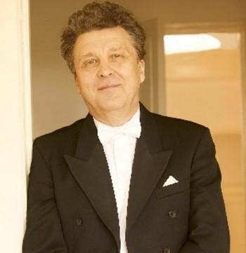 Další skandál v Moskvě: z Velkého divadla odchází Vasilij Sinajskij
