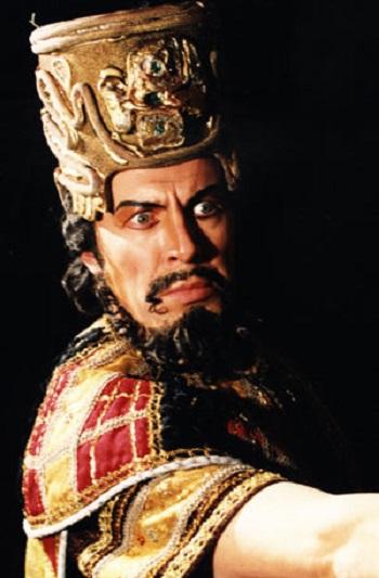 500x v titulní roli Verdiho Nabucca