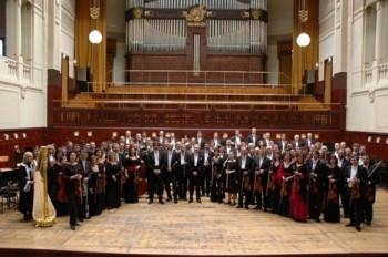 Změna dirigenta a klavíristy na koncertech FOKu
