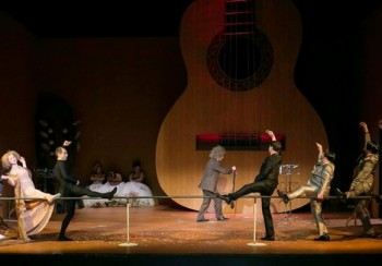 Víkendová operní uklouznutí