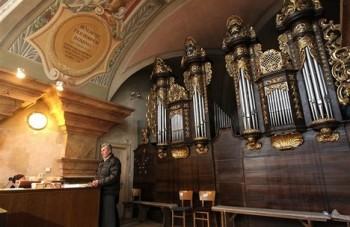 Jaroměřice nad Rokytnou: opravené varhany se rozezní na jaře 2015