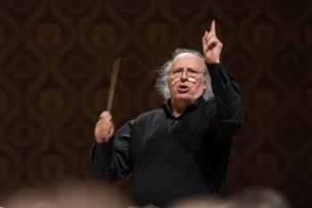 Exdirigent České filharmonie Inbal: Vrátil jsem se nakrátko domů