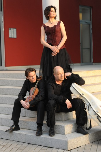 Dvě nové nahrávky Smetanova tria
