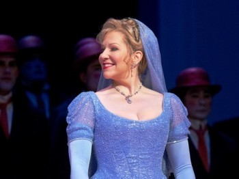 Met: návrat Rossiniho Popelky