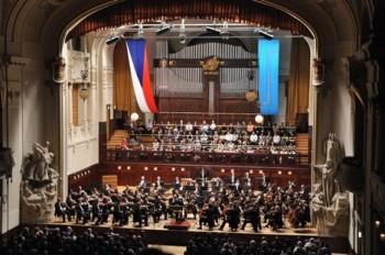 Vystoupení Symfonického orchestru hl. m. Prahy FOK na Pražském jaru patří k dramaturgickým vrcholům festivalu