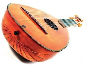 Zlínské muzeum vystavuje historické hudební nástroje