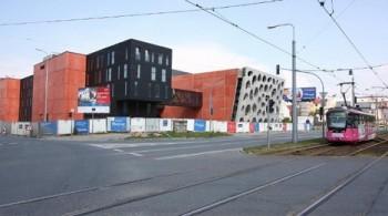 Stěhování do Nového divadla v Plzni pokračuje