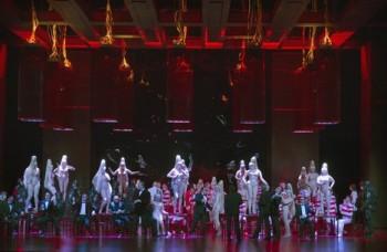 S inspirací červených neonů: Faust v Amsterdamu