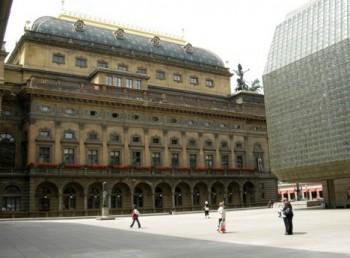Vedení Národního divadla chce zvednout mzdy