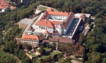 Na nádvoří brněnského hradu letos zazní opera i čardáš