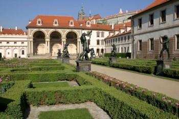 FOK zahraje ve Valdštejnské zahradě