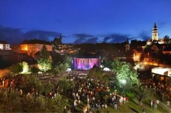 Festival v Krumlově už má svoje příští hvězdy, přijet má Flórez