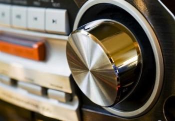 Hoteliéři si budou moci snížit autorské poplatky podle lůžek