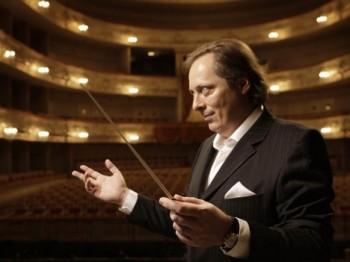 Pardubická filharmonie zahájí sezonu s novým šéfdirigentem