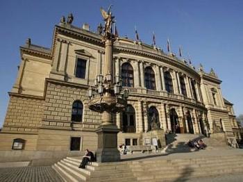 V pražském Rudolfinu začíná Dvořákova Praha