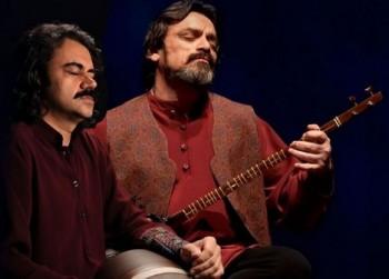 Struny podzimu pozvou na improvizaci v perské hudbě