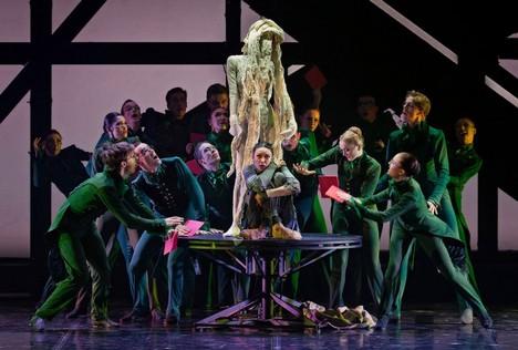 Rodin Borise Eifmana jako smršť emocí