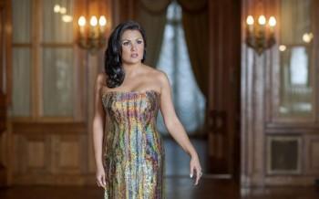 Závěr roku v Drážďanech: Čardášová princezna s Netrebko, Flórezem a Breslikem